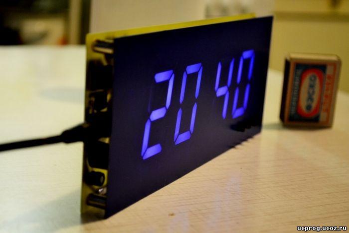 Информация выводится на довольно большой 7-ми сегментный 4-х разрядный индикатор с общим катодом.